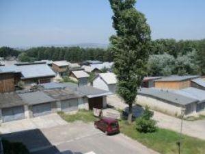 Alternative: Aproape patru hectare din terenurile Primăriei Suceava sunt ocupate de garaje