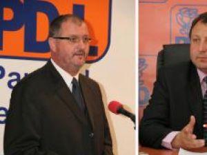 Orest Onofrei şi Dumitru Pardău, secretari ai Senatului, respectiv Camerei Deputaţilor