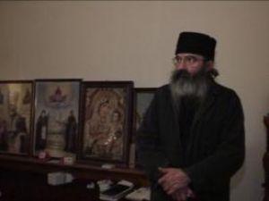 """Călugărul Iacob Samsonescu: """"El are ceva psihic sau se întâmplă ceva din alte privinţe"""""""