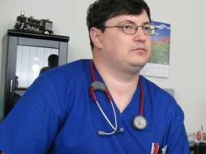 """Dr. Tiberius Brădăţan: """"Avem tot mai mulţi pacienţi, atât adulţi cât şi copii"""""""