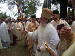 IPS Pimen a sfinţit biserica din Vercicani
