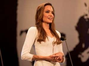 Ce ar fi vrut Angelina Jolie să fie dacă n-ar fi devenit actriţă