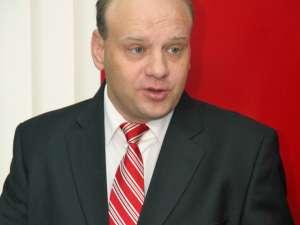 Ovidiu Donţu, singurul care şi-a depus candidatura pentru funcţia de preşedinte al Organizaţiei Municipale Suceava a PSD