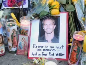 Paul Walker a fost înmormântat, sâmbătă, în prezenţa familiei şi a prietenilor
