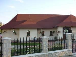 Biserica Sf. Petru şi Pavel