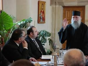 Întâlnirea organizată la Mănăstirea Putna, unde, în martie, au fost prezente nume importante din conducerea CFR Călători şi CFR Infrastructură