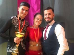 """Dansatori suceveni, pe podium la Concursul de dans sportiv """"Cupa Slănic Moldova"""""""