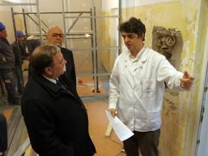 Preşedintele CJ, Gheorghe Flutur, managerul Vasile Rîmbu și seful Laboratorului de Imagistică, dr. Adrian Tătăranu