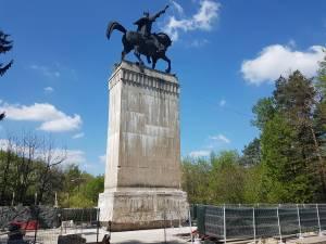 Zona din jurul statuii ecvestre a lui Ștefan cel Mare ar putea fi reabilitată vara aceasta
