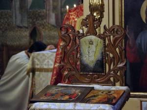 Ca formă de rezistenţă la orice fel de manipulare, recomand rugăciunea