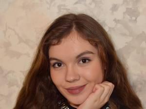 O elevă de la Școala Nr. 10 Suceava a obținut 10 pe linie după rezolvarea contestațiilor de la evaluarea națională