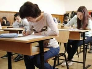 Au fost eliminați din examenul de bac, după ce le-au sunat telefoanele în timpul probei de la română