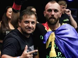 Rayko Leviţchi, alături de antrenorul Daniel Ungureanu