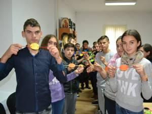 """Proiectul educaţional """"Adolescenţă fără violenţă!"""" la CSEI """"Sf. Andrei"""" din Gura Humorului"""