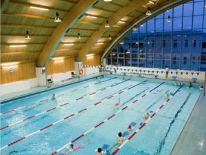 Se reia program de agrement de la bazinul de înot al Universității