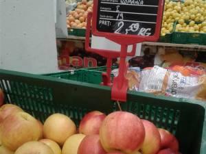 Soiul de mere Jonagold produs în zona Fălticeni, la prețuri accesibile în rafturile Auchan
