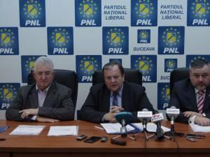 Flutur, Lungu și Balan vor coordona echipa de campanie a PNL Suceava pentru alegerile europarlamentare