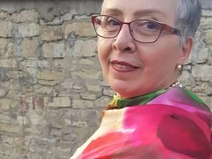 Angela Furtună a primit distincţia de Poet al Capitalei Istorice a României din partea Primăriei Iași