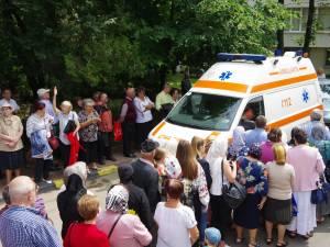 Cinci persoane care au participat la procesiunea cu racla Sfântului Ioan cel Nou au avut nevoie de îngrijiri medicale