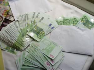 Din casa unui bărbat din Burdujeni s-au furat 30.000 de euro