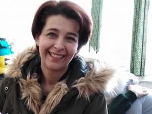 """Oana Alphonso, Londra:  """"Atât părinților, cât și copiilor, le este luată temperatura la sosire"""""""
