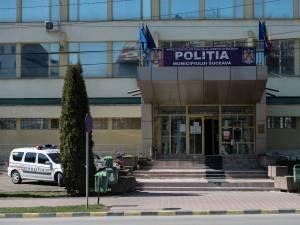 Numeroase echipaje de poliție au plecat în acțiune în acest caz vineri dimineață, de la sediul Poliției municipiului Suceava
