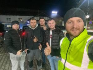 Bodnar şi tinerii care l-au însoțit la acțiunea de la Mănăstirea Humorului