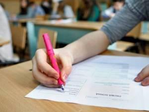 30 de elevi din județul Suceava vor susține examenul de evaluare națională în condiții speciale